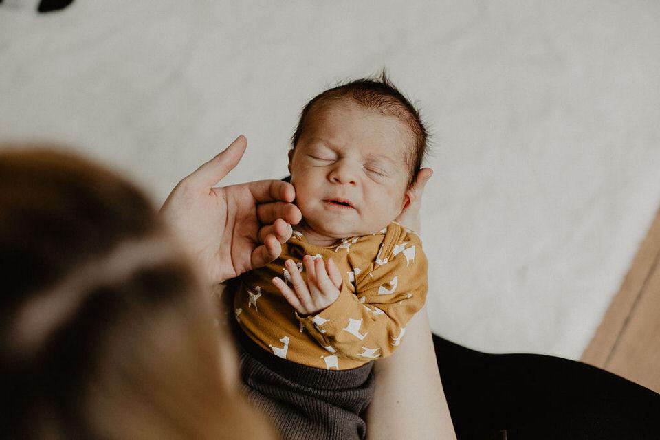 Babyshooting zu Hause